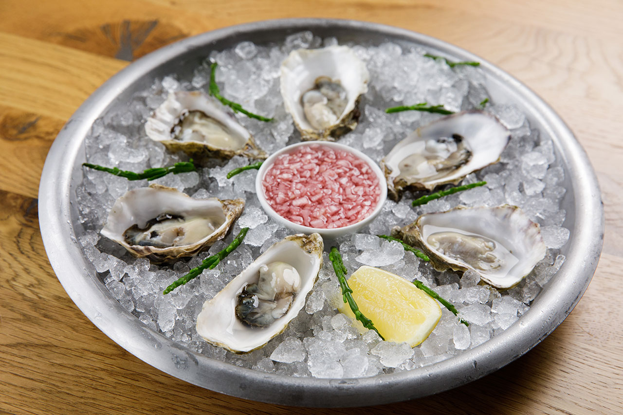 Oyster Box Chilled Oysters